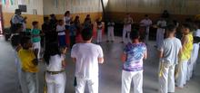 Capoeirando a Vila